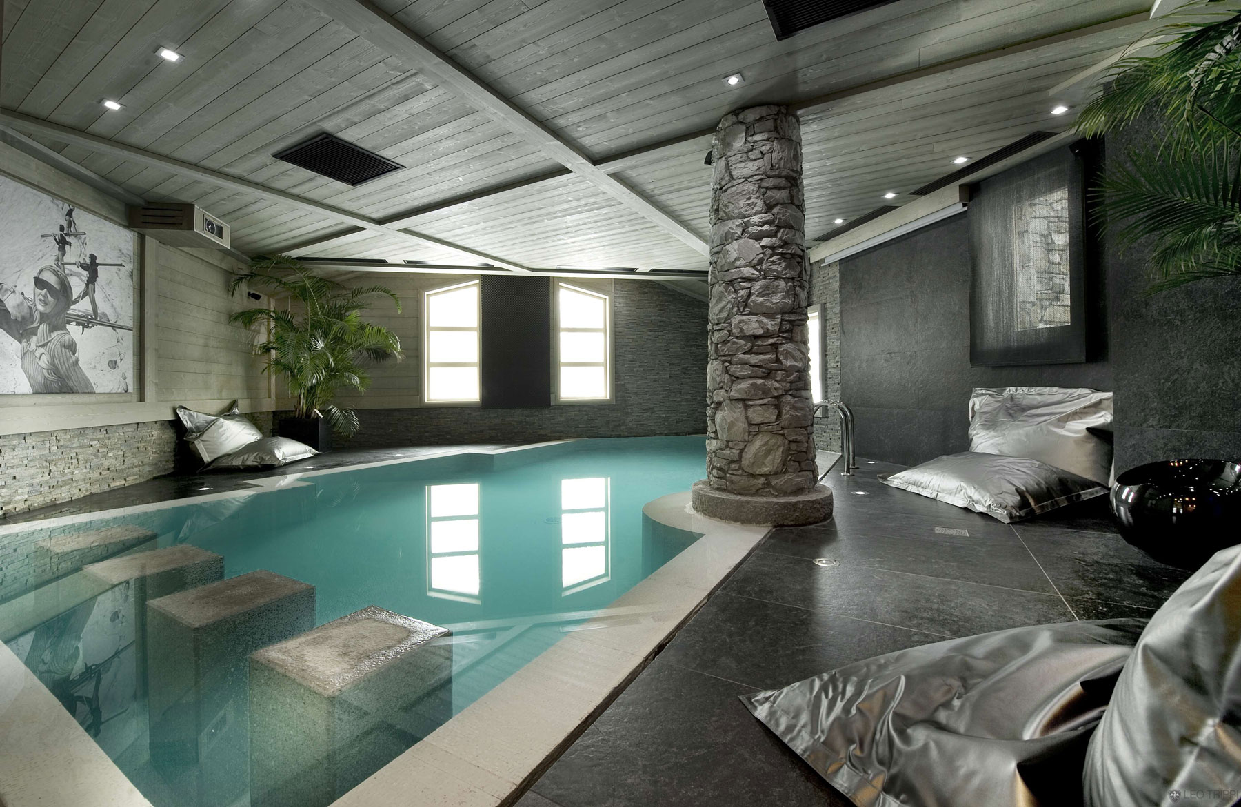 Indoor Swimming Pool Ideas | HomesFeed
