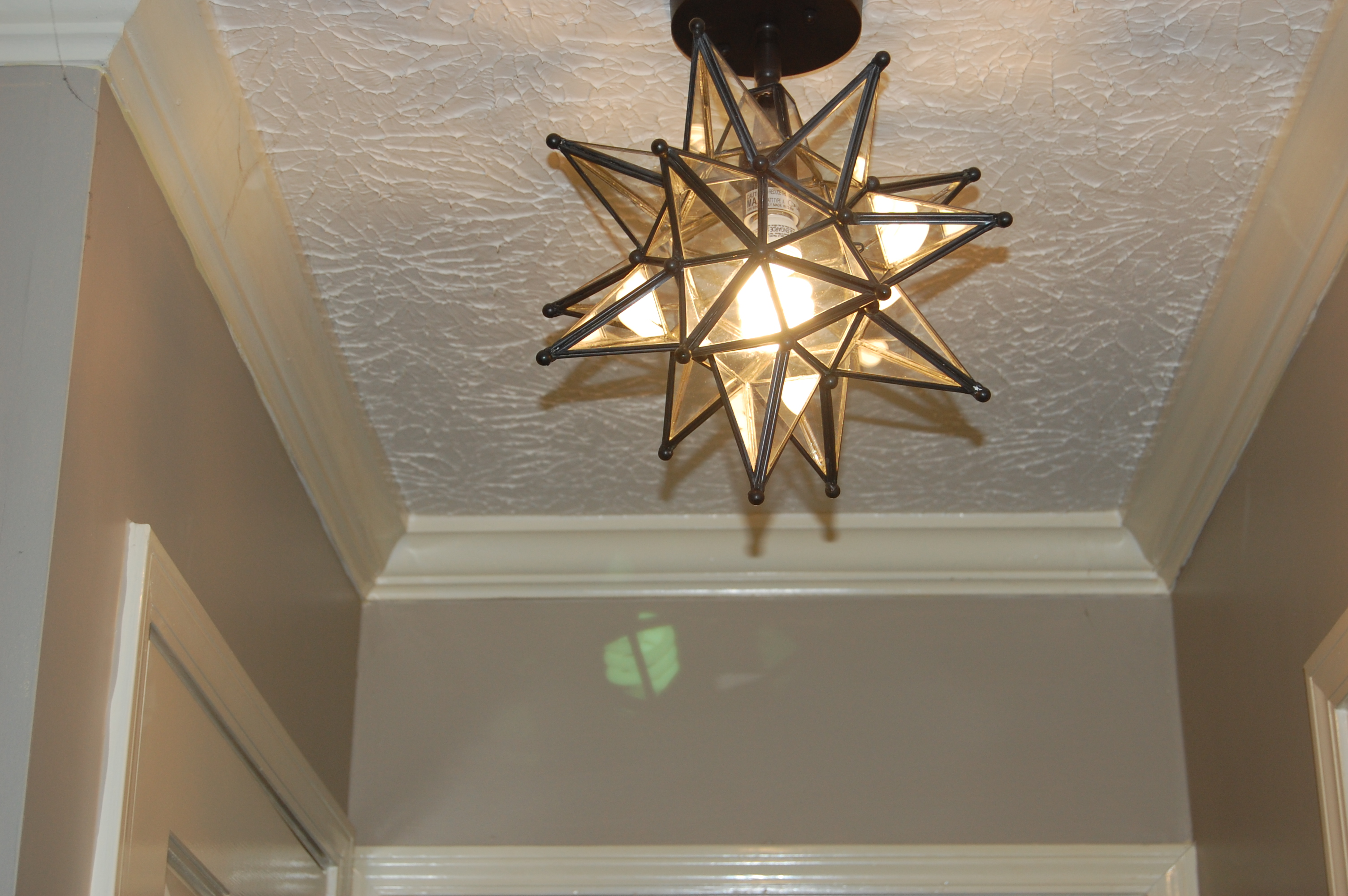 Moravian Star Pendant Light On