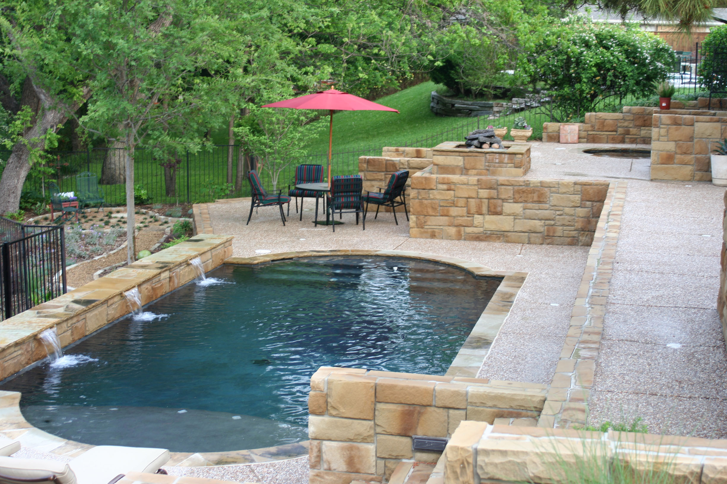 Beautiful pools design ideas homesfeed for Pool design ideas