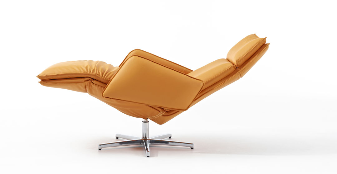 Designer Leather Recliner Chairs