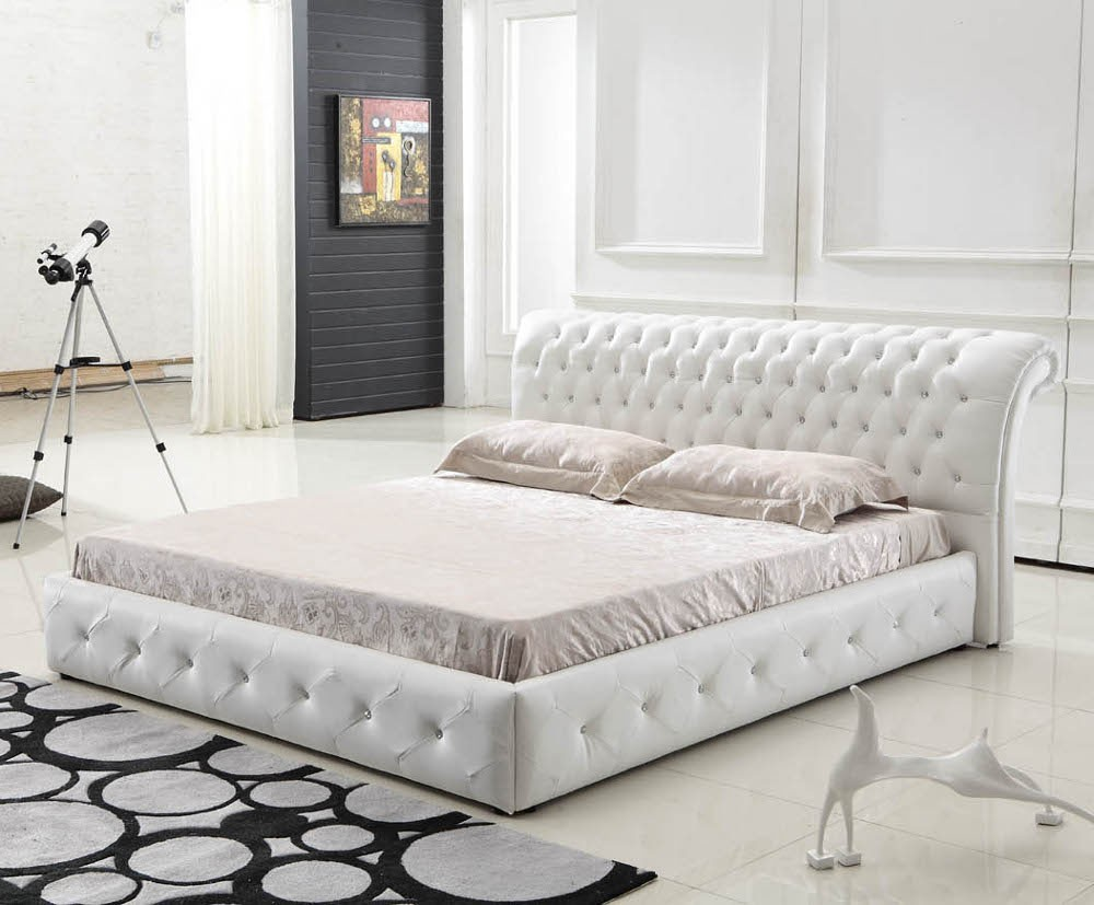 Queen Bed Furniture With Curly White Leather Headboard Bedding And Pillows Modern Bedroom Rug