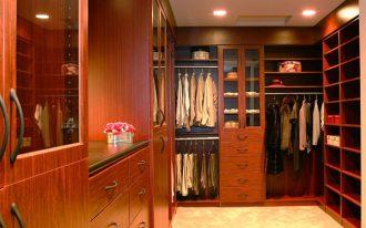 Recessed  lighting fixtures for closet