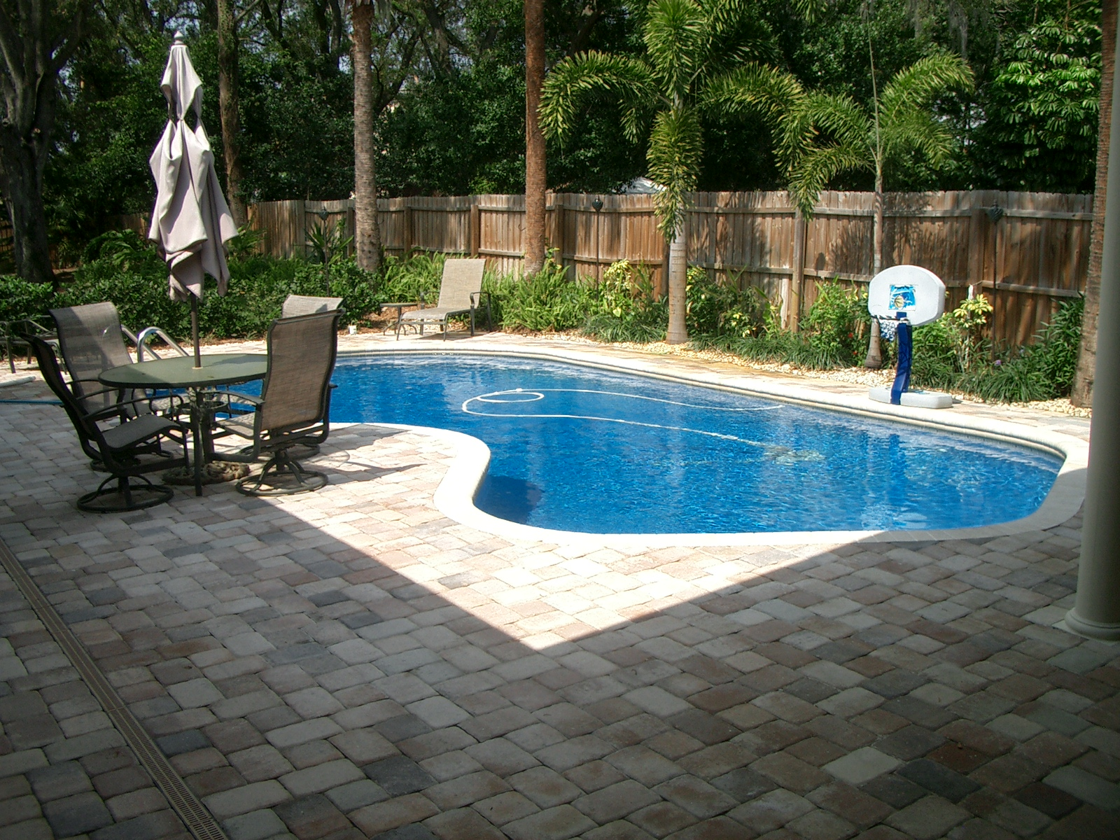 Simple Backyard Landscaping Swimming Pool With Furniture