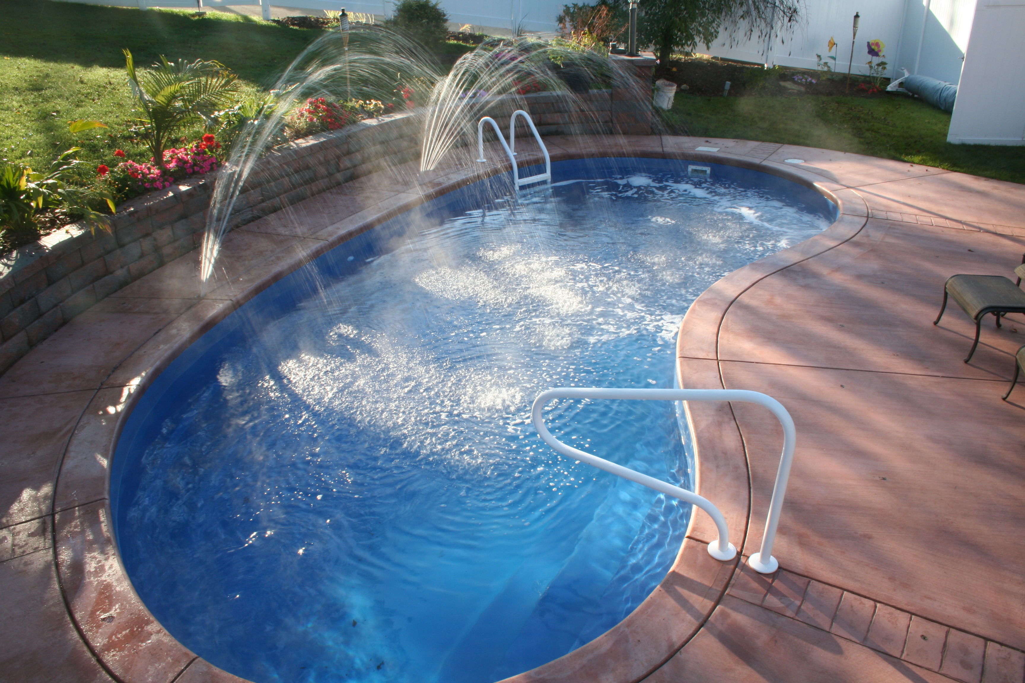Swimming Pool Fibreglass Ideas Homesfeed