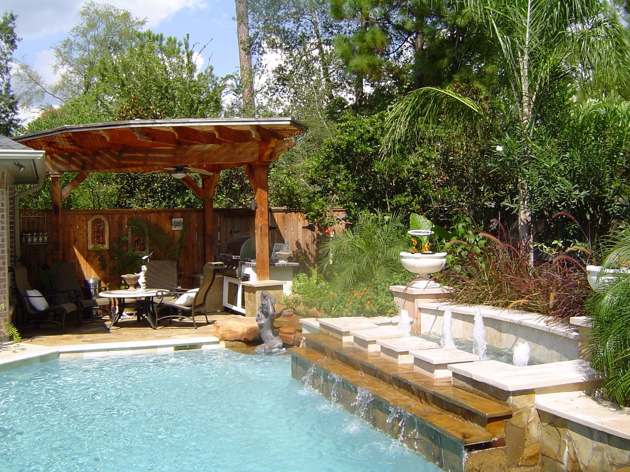 backyard pool landscaping ideashomesfeed - Backyard Pool Design Ideas