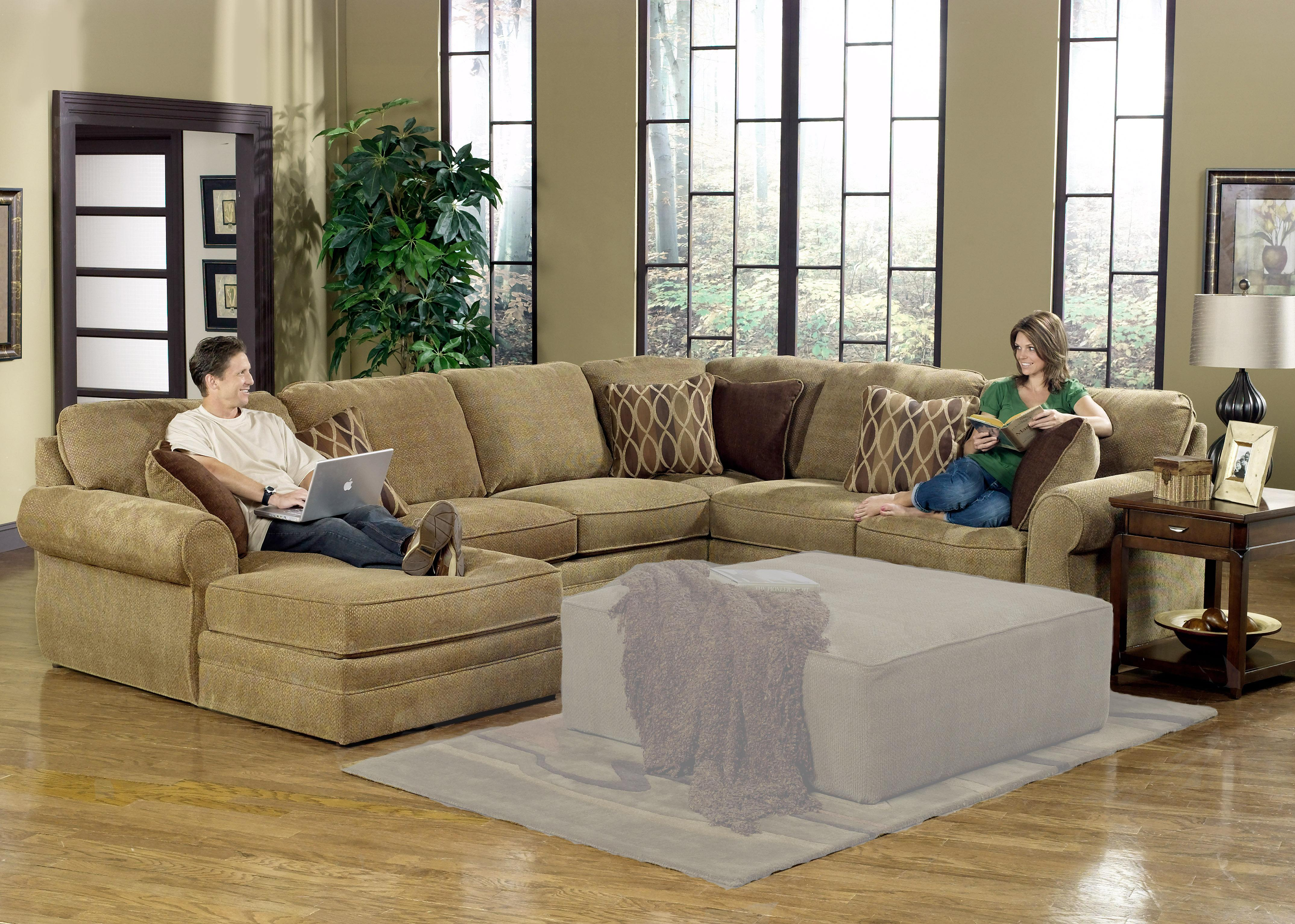 U shaped sectional with chaise design homesfeed U shaped living room layout