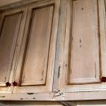 Wall cabinet units in distressed look
