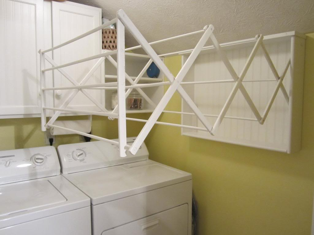 Clothes drying rack ikea homesfeed for Kitchen drying rack ikea