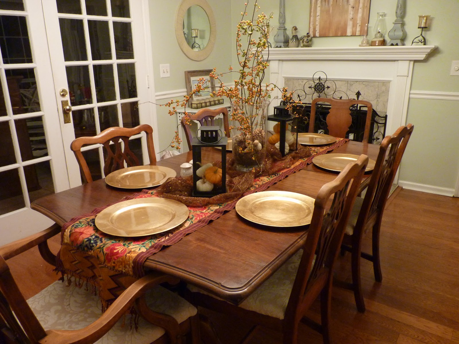 Accessories For Dining Room Table Ideas | HomesFeed