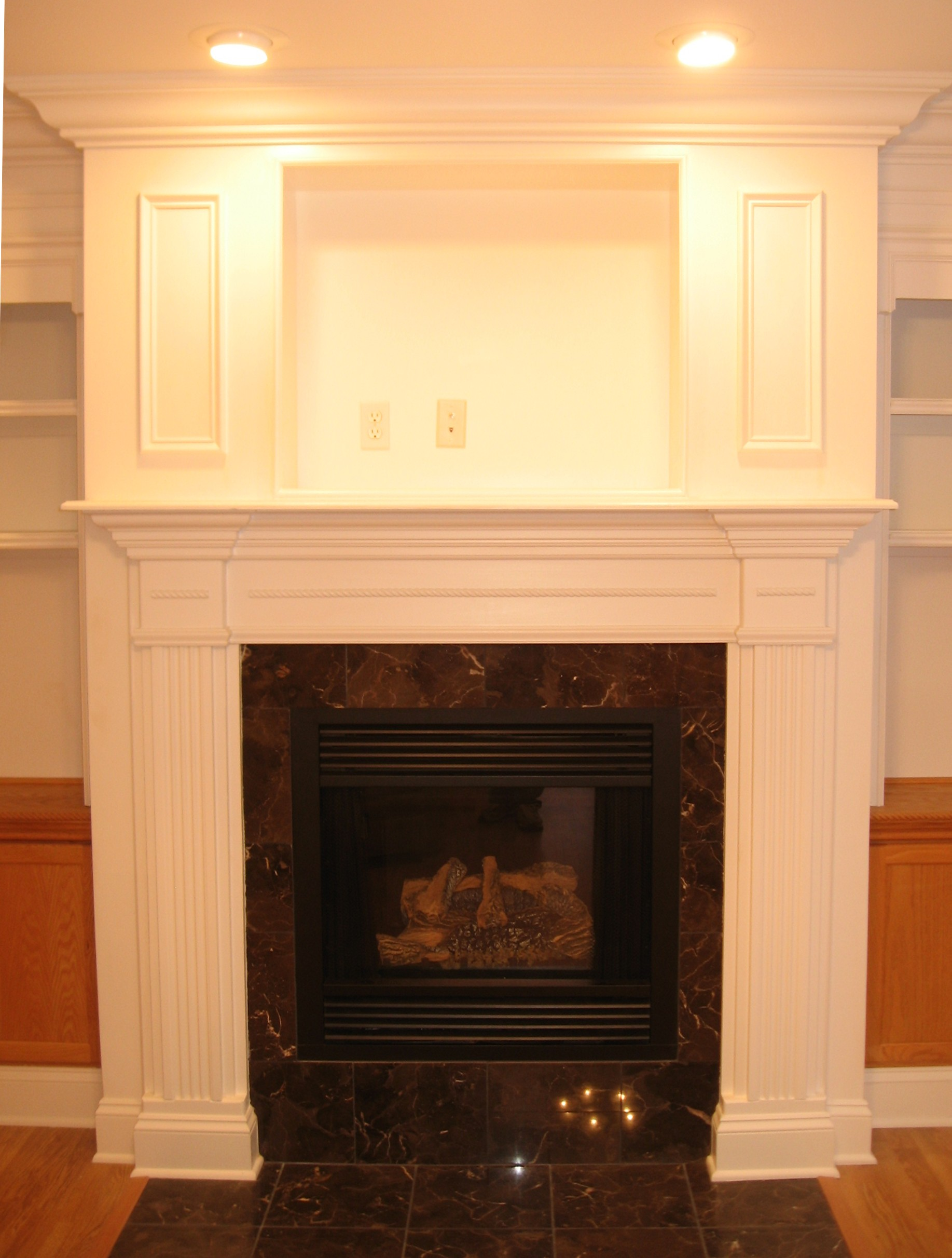 Fireplace surround kits ideas homesfeed - Brick fireplace surrounds ideas ...