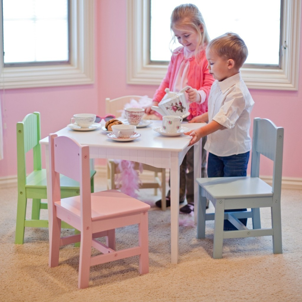 Modern kids table and chairs design options homesfeed for Kids sitting furniture