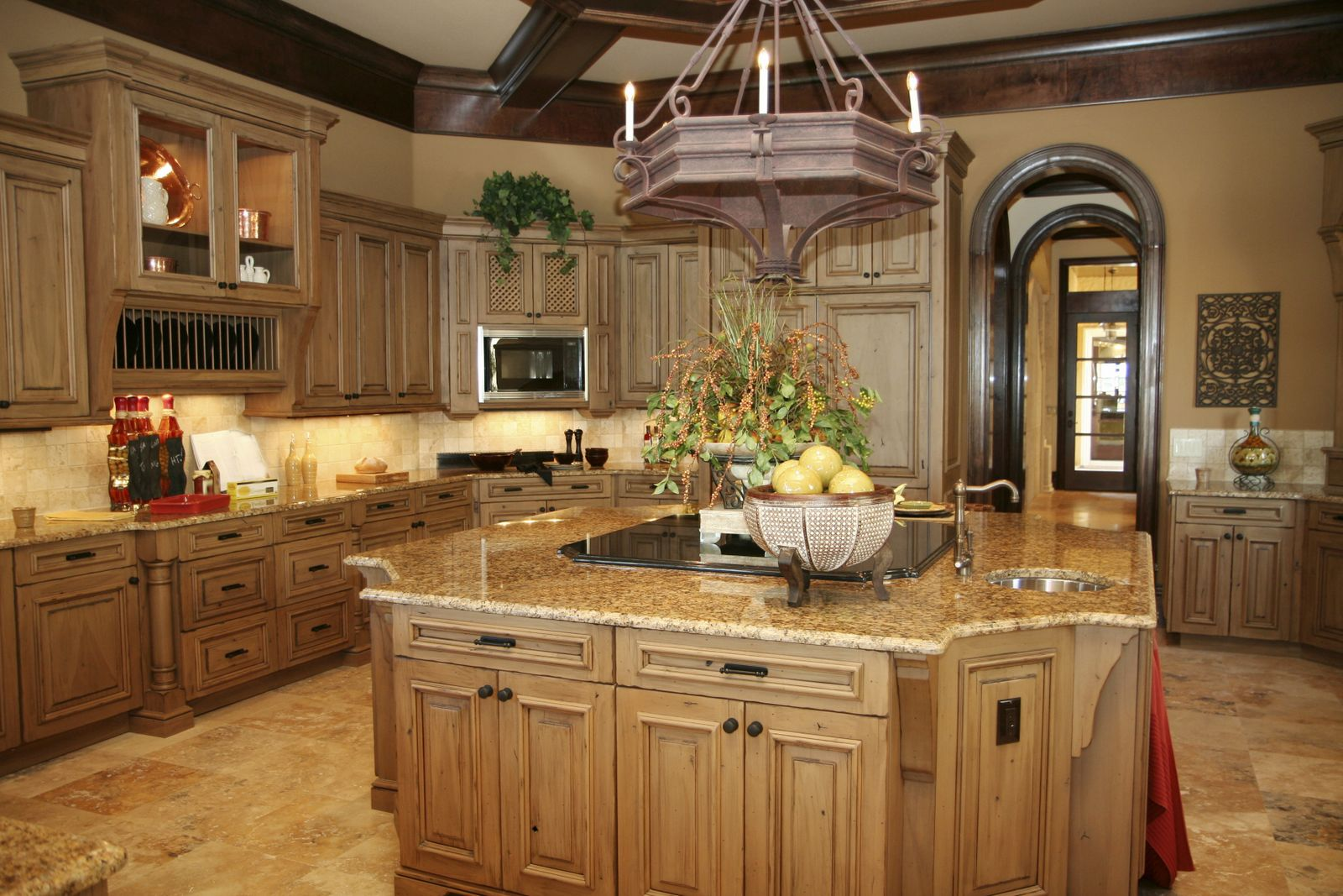 Kitchen with River Gold Granite – Luxurious Accent | HomesFeed on gold microwave, gold laminate countertops, gold kitchen appliances, gold walls, gold faucet, gold windows, gold kitchen accessories, gold fireplace,
