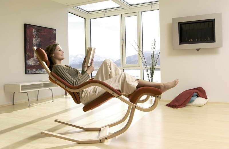 Comfortable Brown Gravity Reading Chair And Multifunction As