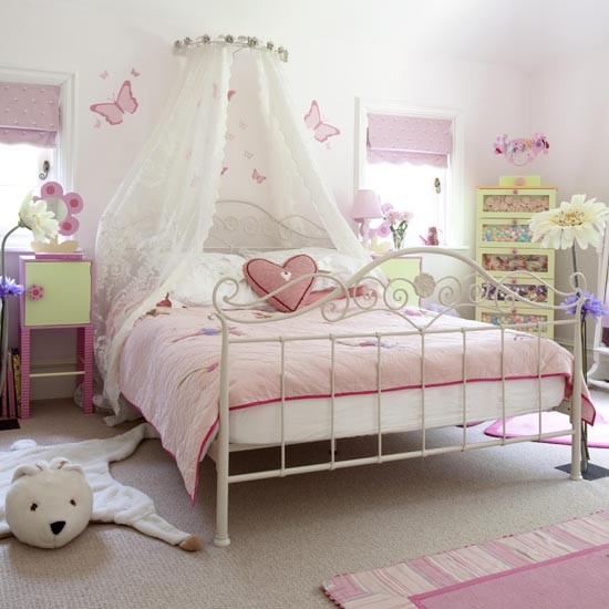 Pink Girls Room: Princess And Fairy Tale Canopy Bed Concepts For Little
