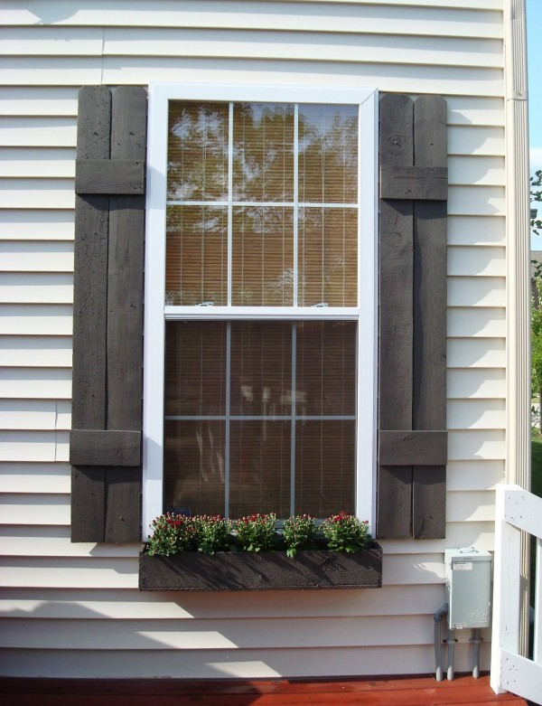 Optional Types of Exterior Window Treatments | HomesFeed