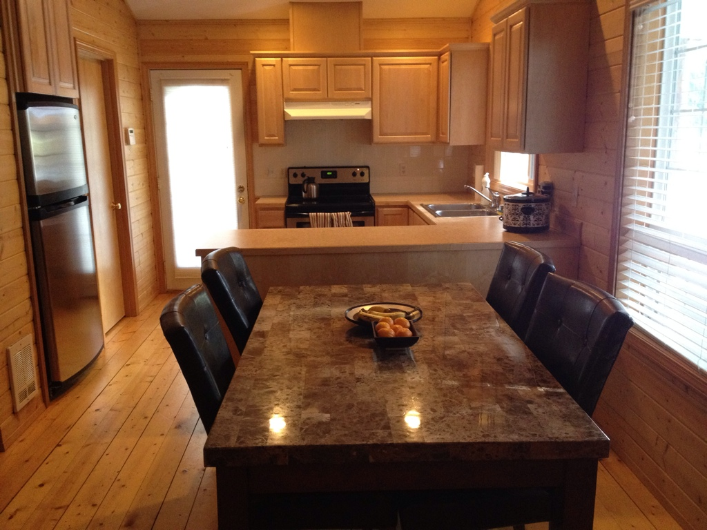 Rectangular Granite Kitchen Dining Table. Image Credit: Homesfeed. Smart ...