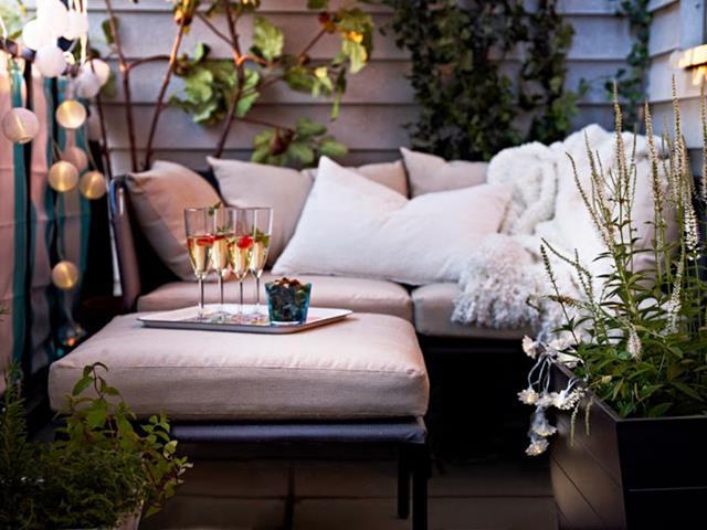 Creating Perfect Angle with Some Audacious Balcony Ideas | HomesFeed
