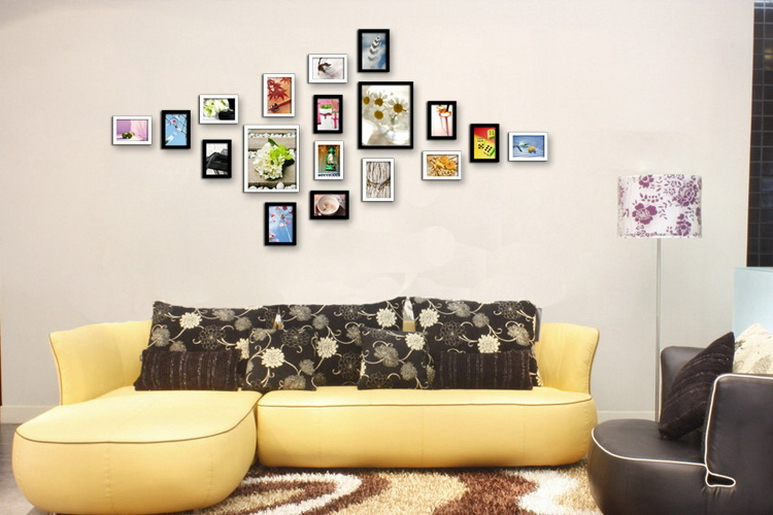 Nice Wall Decoration With Framed Photos Hang On