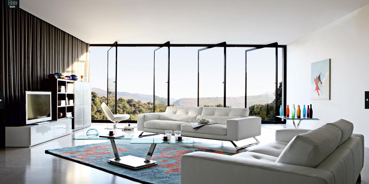 Panoramic Living Room With Best