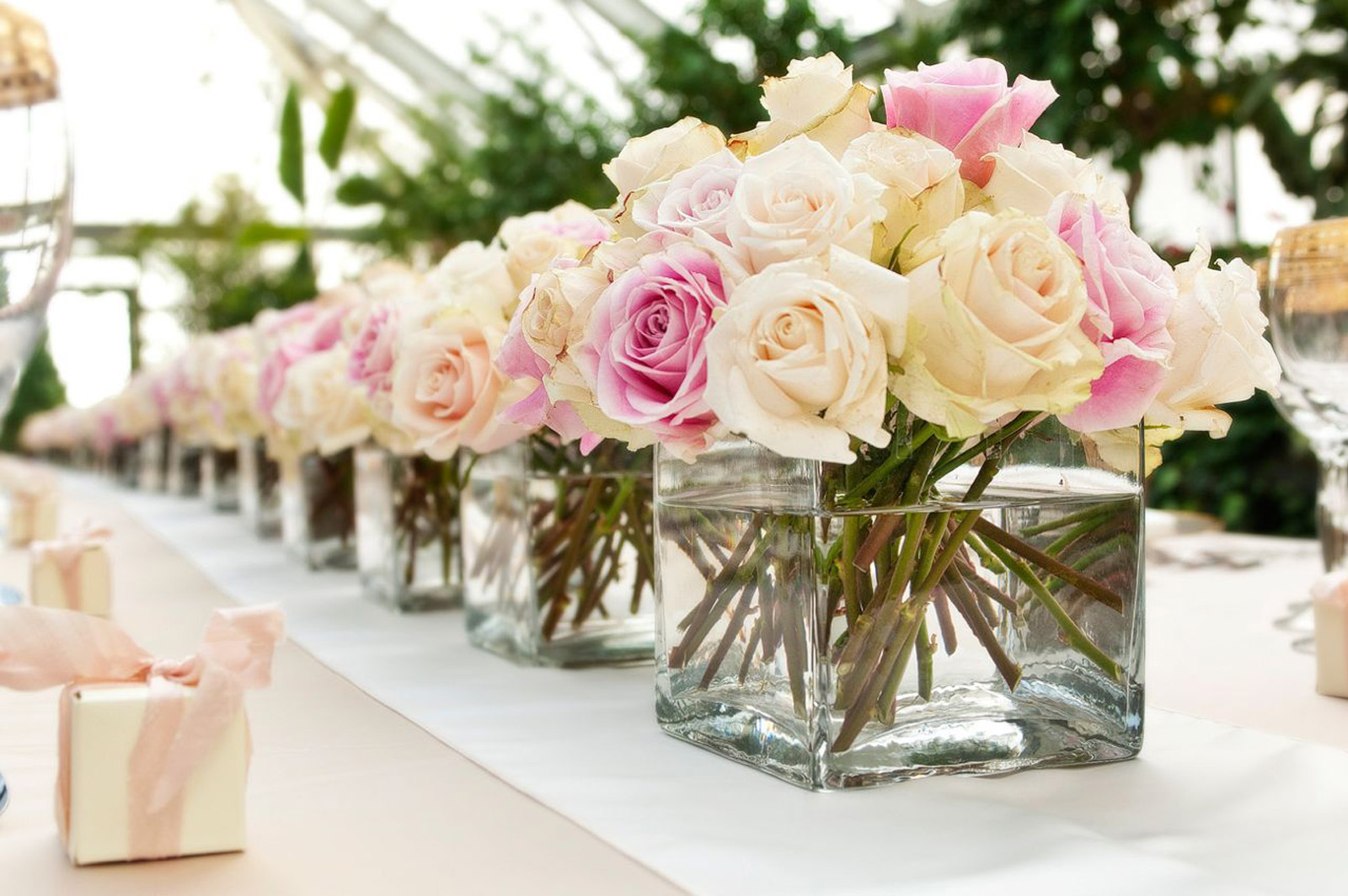 beautiful centerpieces for your wedding reception  homesfeed, Natural flower