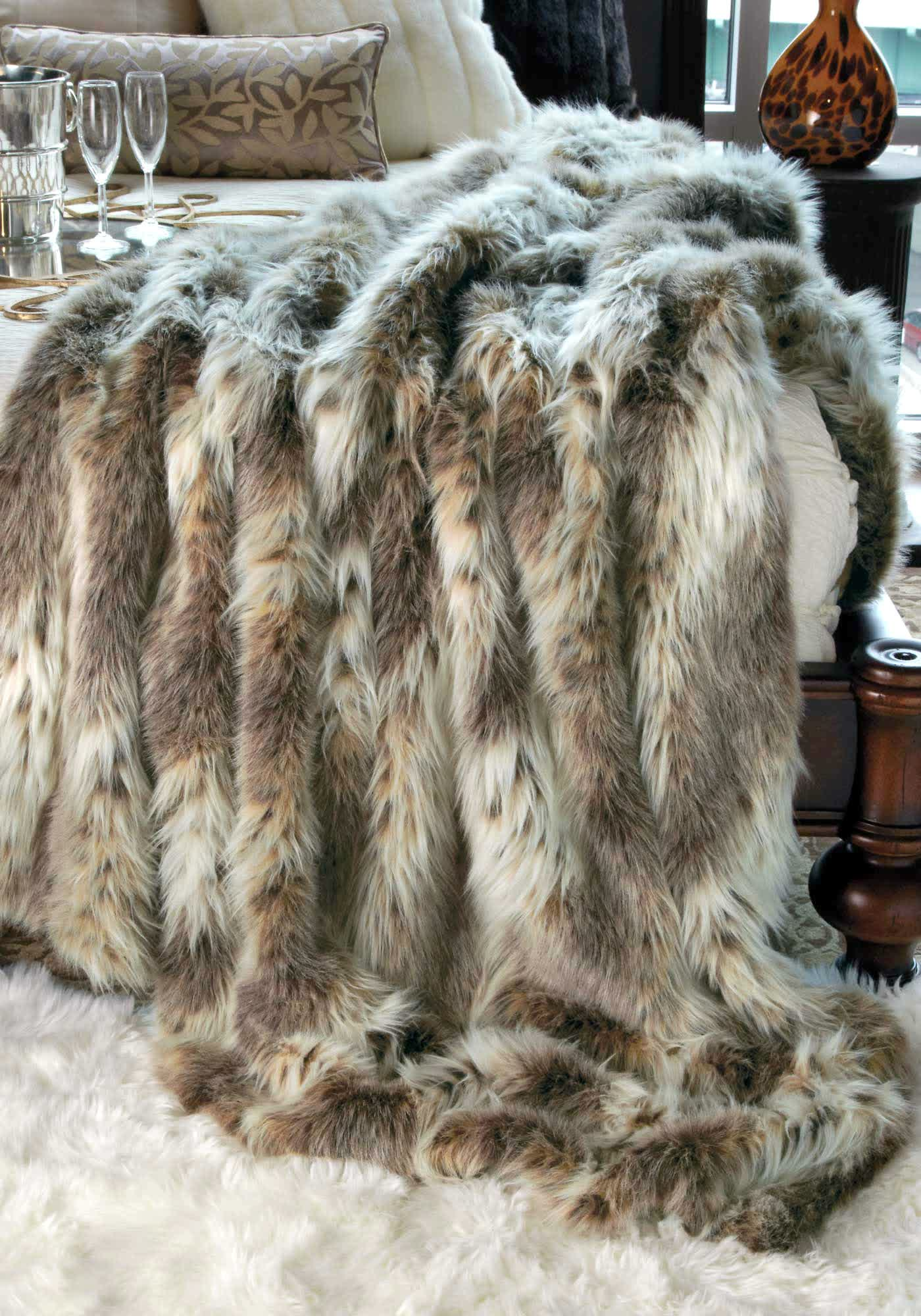 Pretty faux fur blanket queen giving the warmth for for White fur bedroom