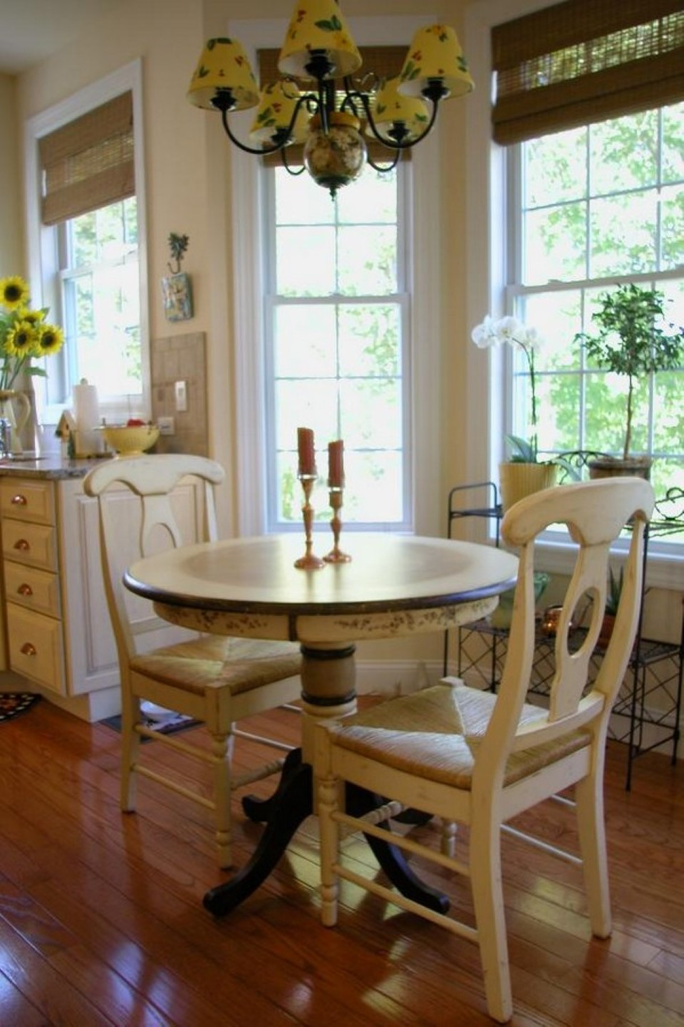 Simple Beige Corner Dining Table