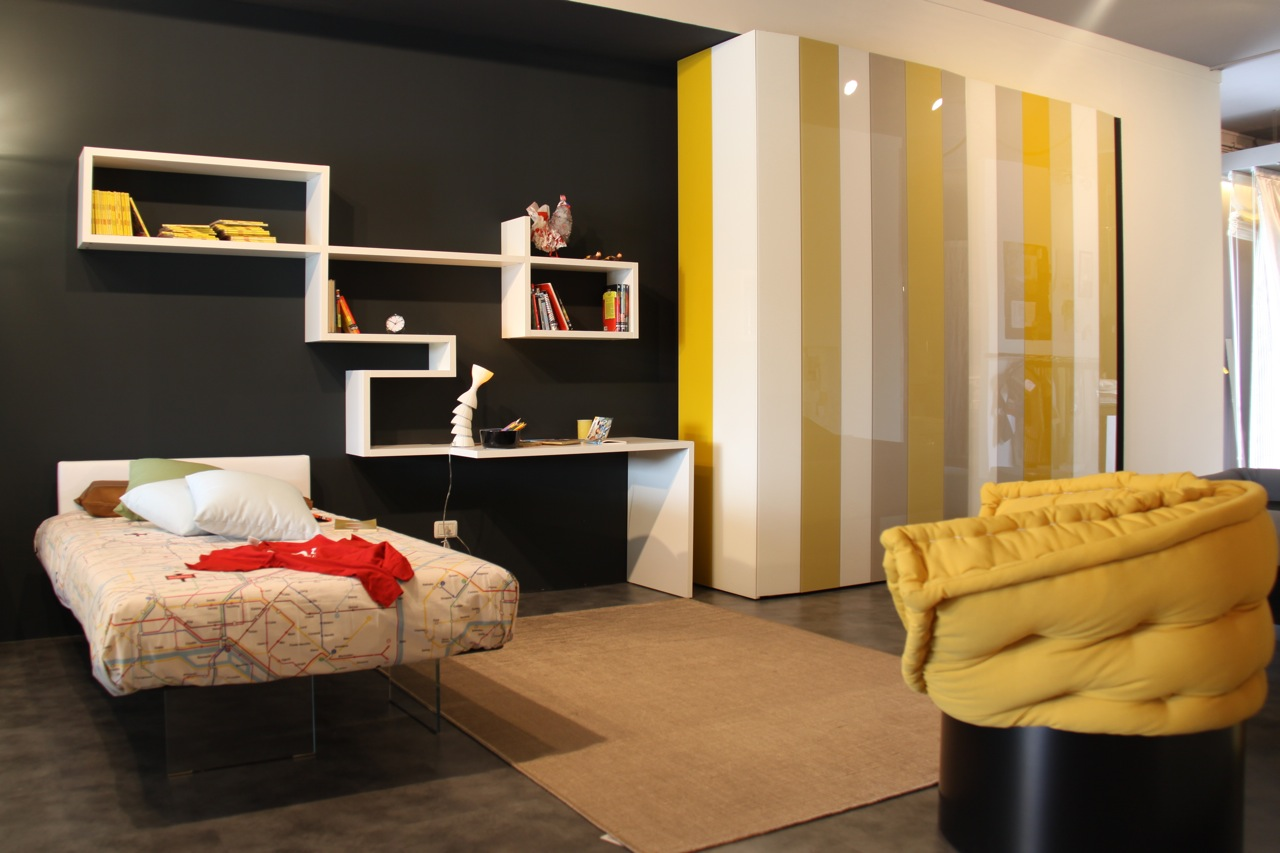 Ious Urban Bedroom Decor With Yellow And Gray Colr Combination Large Closet Unique Wall