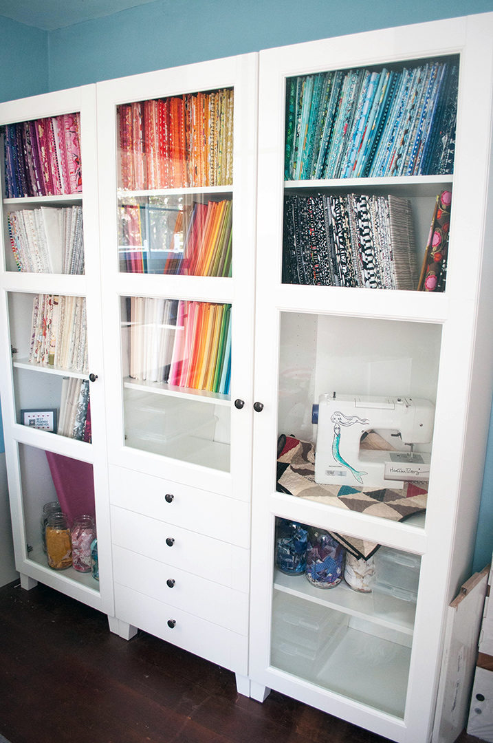 Decorative Storage Cabinets with Glass Doors You Should ...