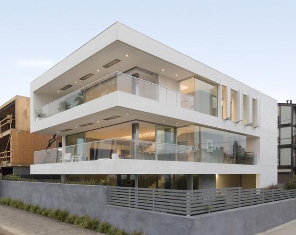 Minimalist small house plan contemporary architecture for Super small house design