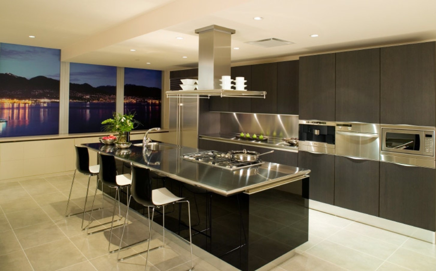 Super Spacious Kitchen Design With Black Home Bar Idea With Black Stools  And Luxurious Kitchne Set