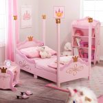 the-pink-princess-toddler-bed-design-by-kidkraft-with-princess-motif-suitable-for-15months-and-above-with-crib-size-mattress