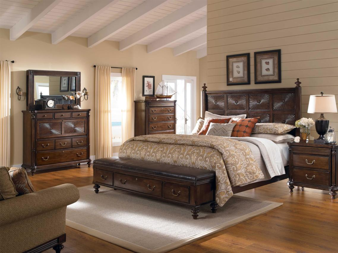 Traditional End Of Bed Storage Bench With Drawers And Metal Handles  Decorated In Classic Bedroom Ideas