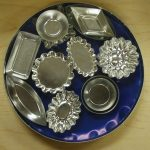 various design of mini pie pans idea in geometrical shape and floral shape