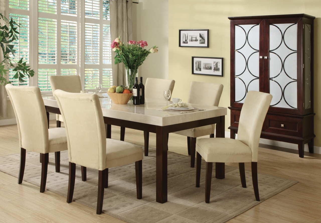 Centerpiece For Dining Room Tables Ideas And Tips