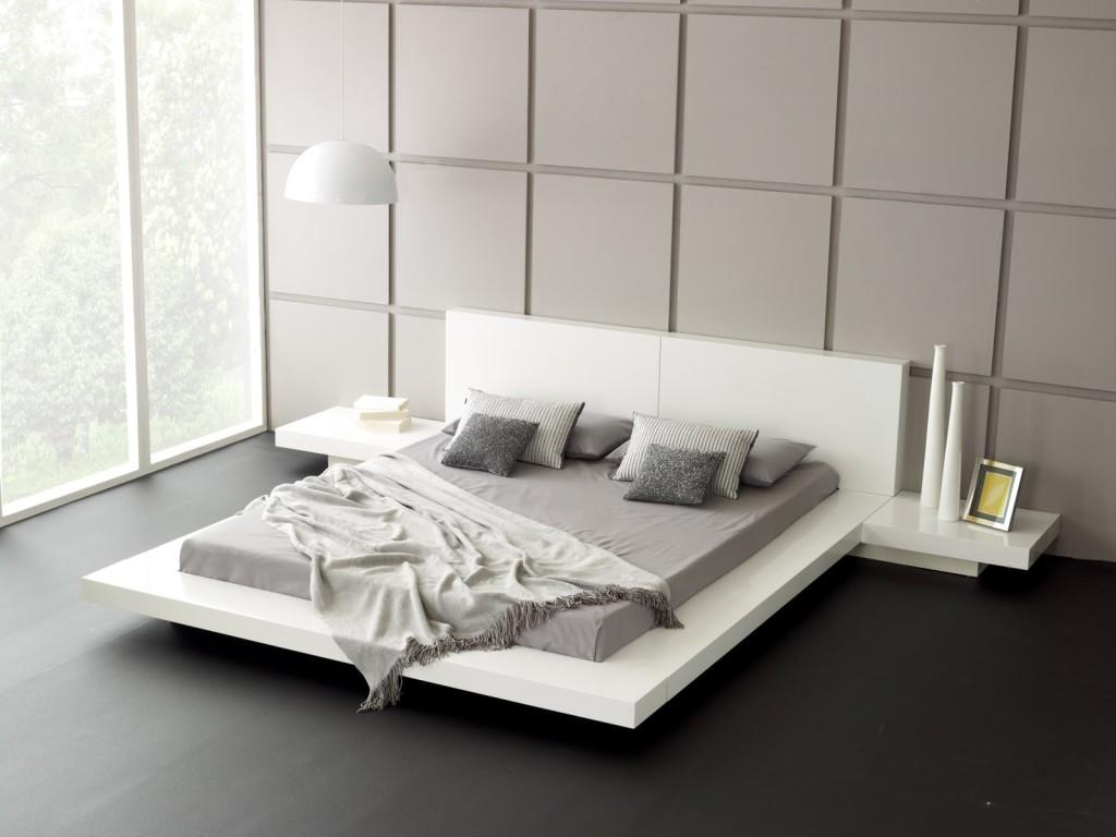 Low Profile Platform Bed Frame Displaying Interesting Bedroom ...