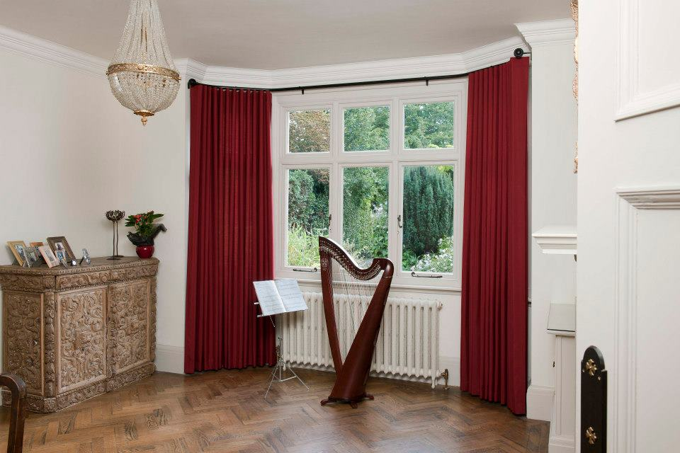 Image of: Perfect Curtain Rod Bay Window Homesfeed How to Install Bay Window Curtain Rods Effectively