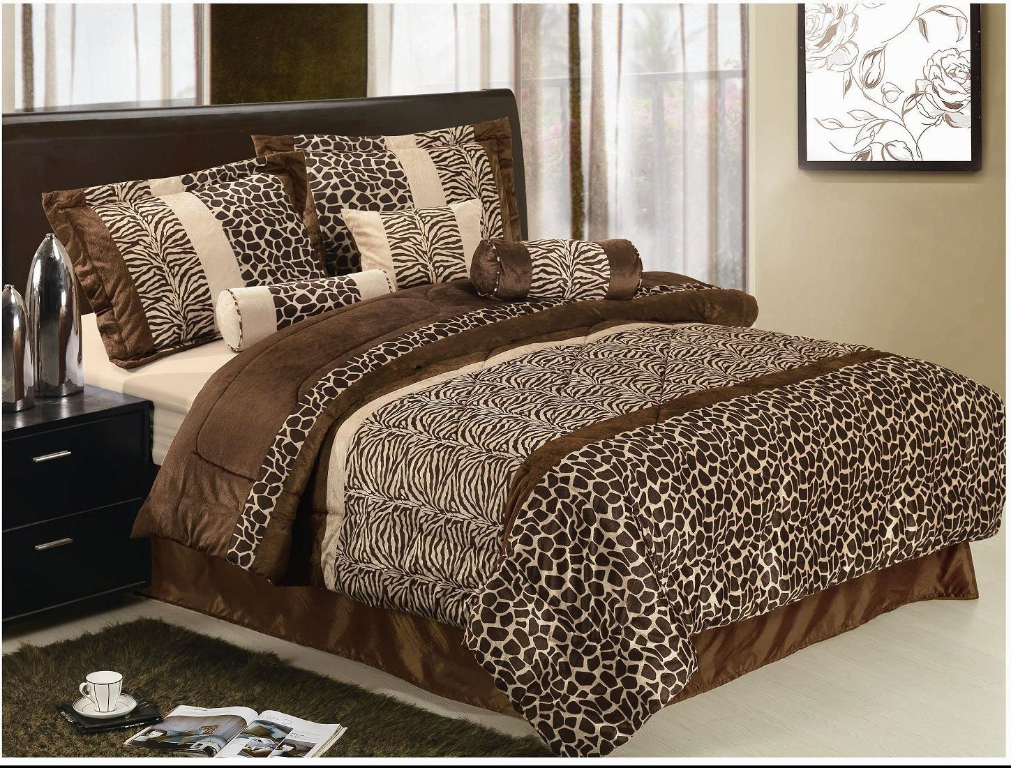 animal skin print bedding idea for safari bedroom decorating