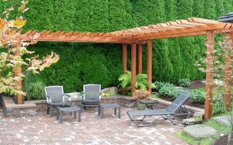 Backyard Garden Design Ideas With Furniture And Beams Frame