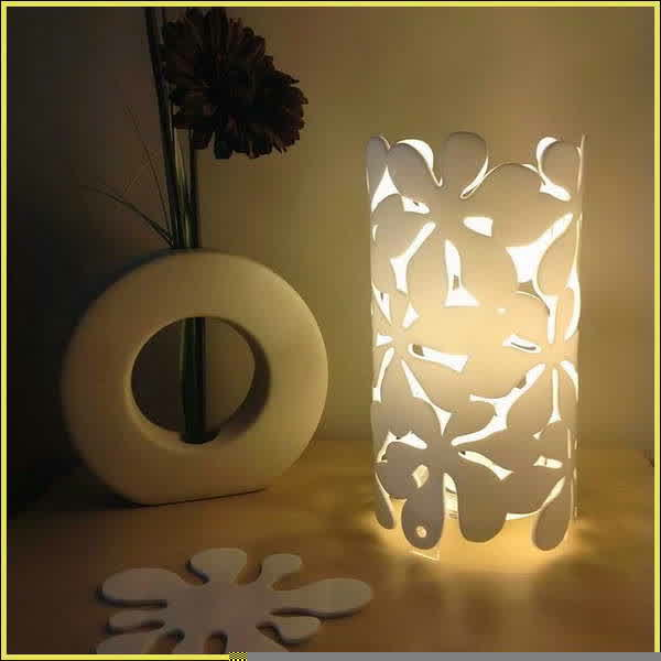 Beautiful Table Lamp With Battery Power Source