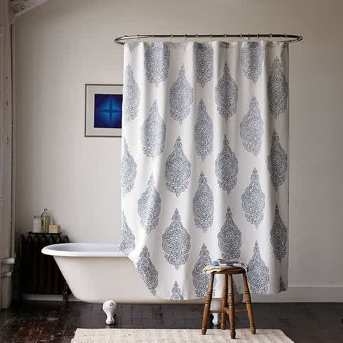 Cloth Shower Curtain With Classic Motif A Bathtub With Legs White Bathroom  Rug In Medium Size
