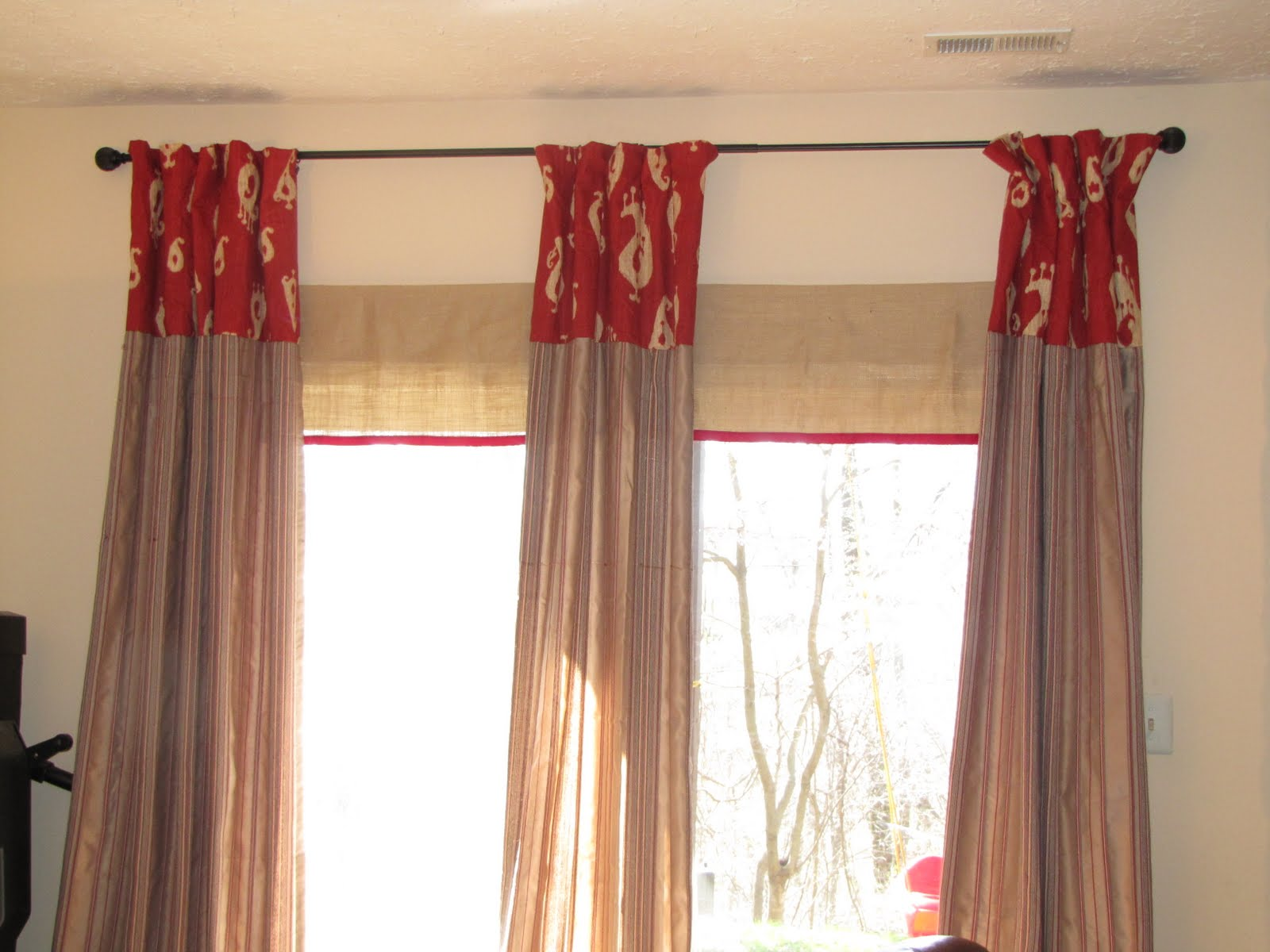Patio door curtain ideas homesfeed for 3 window curtain design