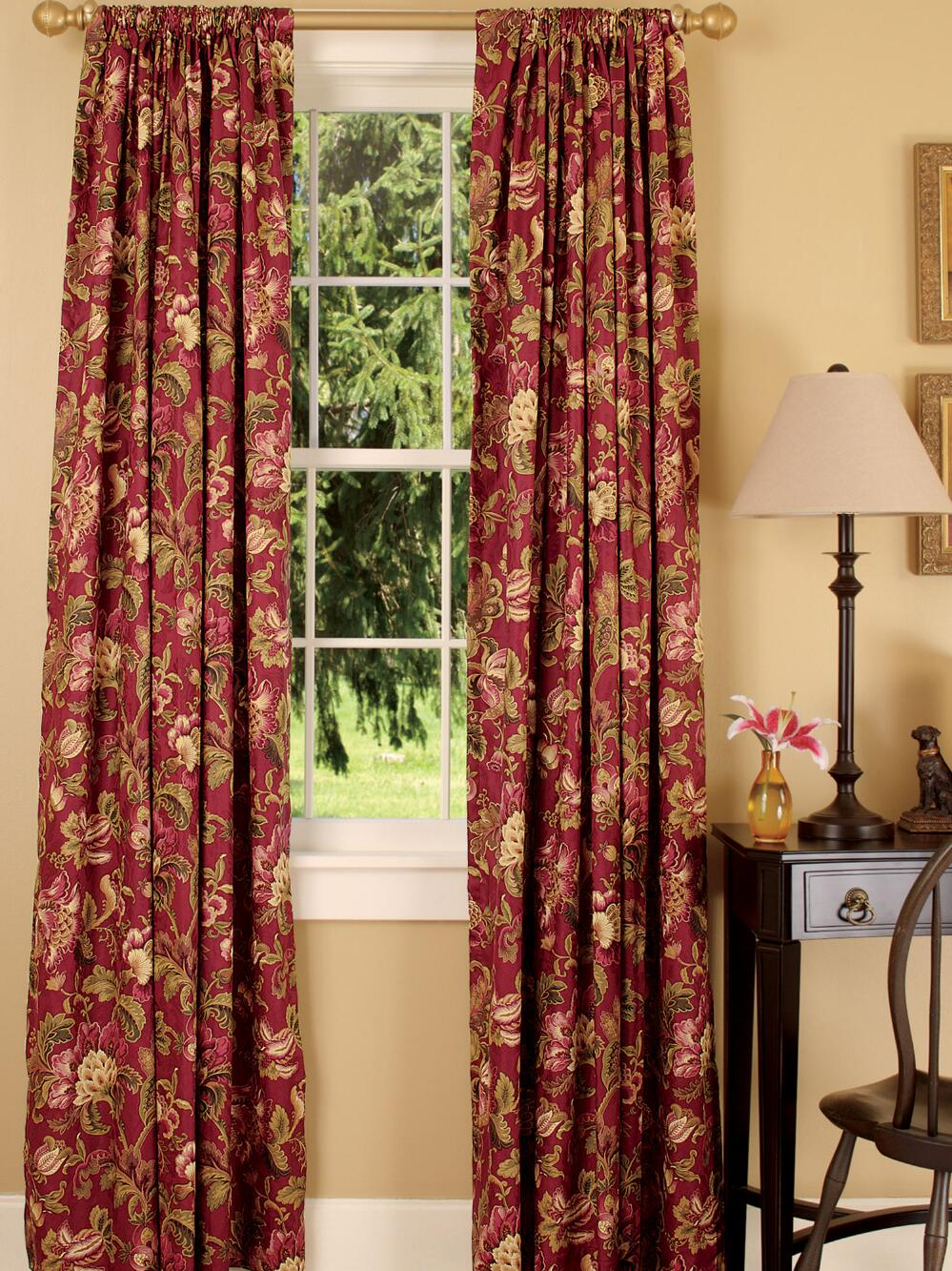 Red toile curtains decorating ideas homesfeed - Pictures of curtains ...