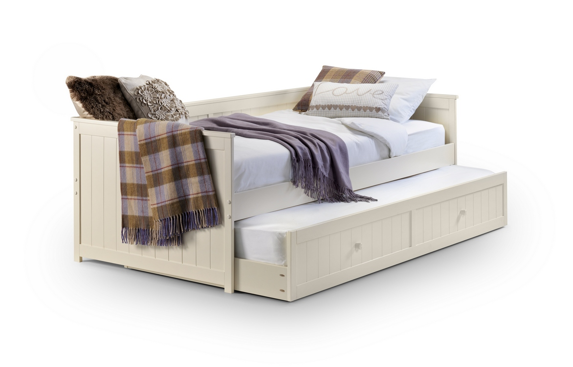 Day Bed With White Wooden Frame For Guest Bed Solution. Guest Bed Solutions Ideas   HomesFeed