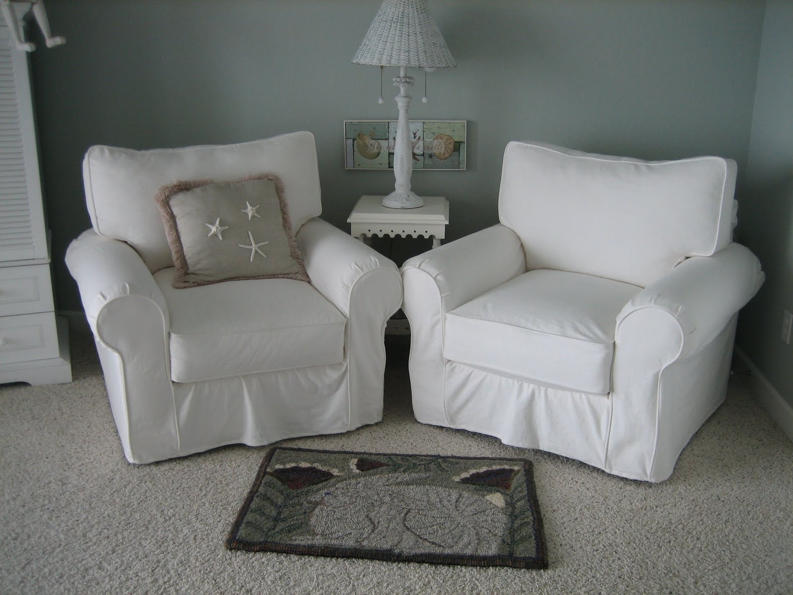 double white comfy chairs for bedroom