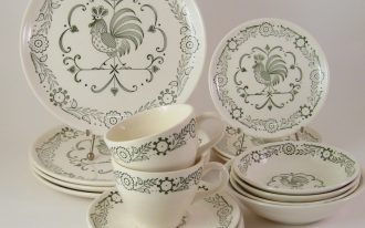Floral Paisley Dinnerware White Set