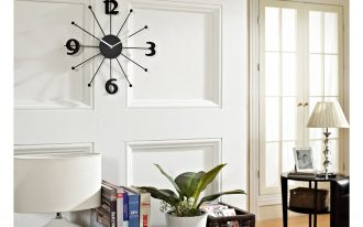 Frameless wall clock in black