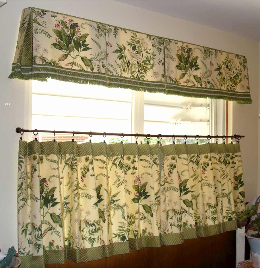Half Window Curtains Ideas | HomesFeed