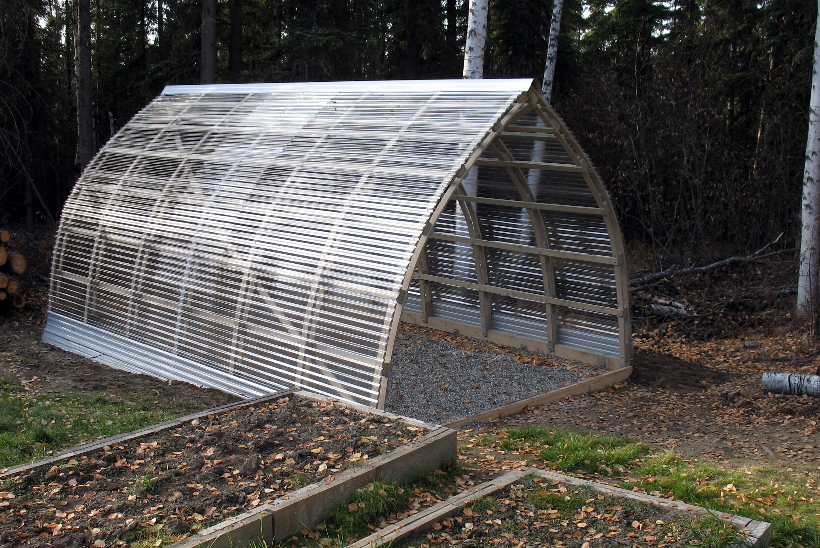 Polycarbonate roof panels ideas homesfeed for Gothic greenhouse plans