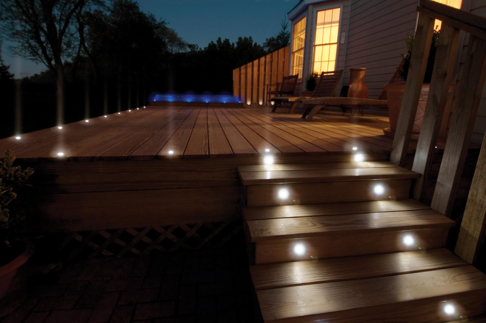 Outdoor Gazebo Lighting Ideas | HomesFeed