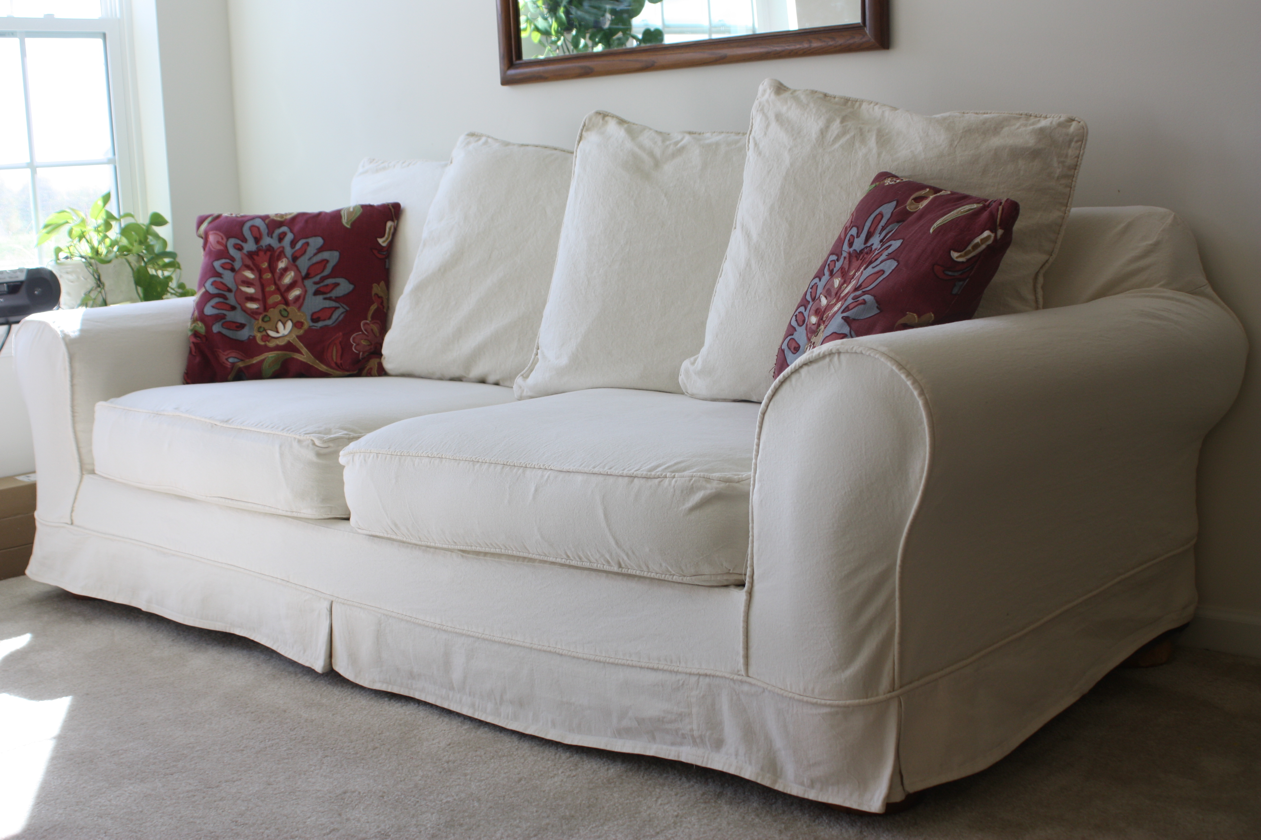 White Slipcovered Sofa For Nice Living Room Homesfeed